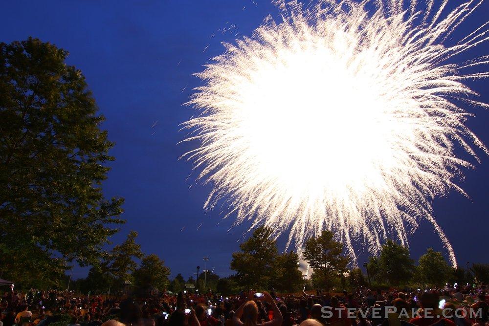 Fireworks2018_08_GE3A8505ap-HD-WM.jpg