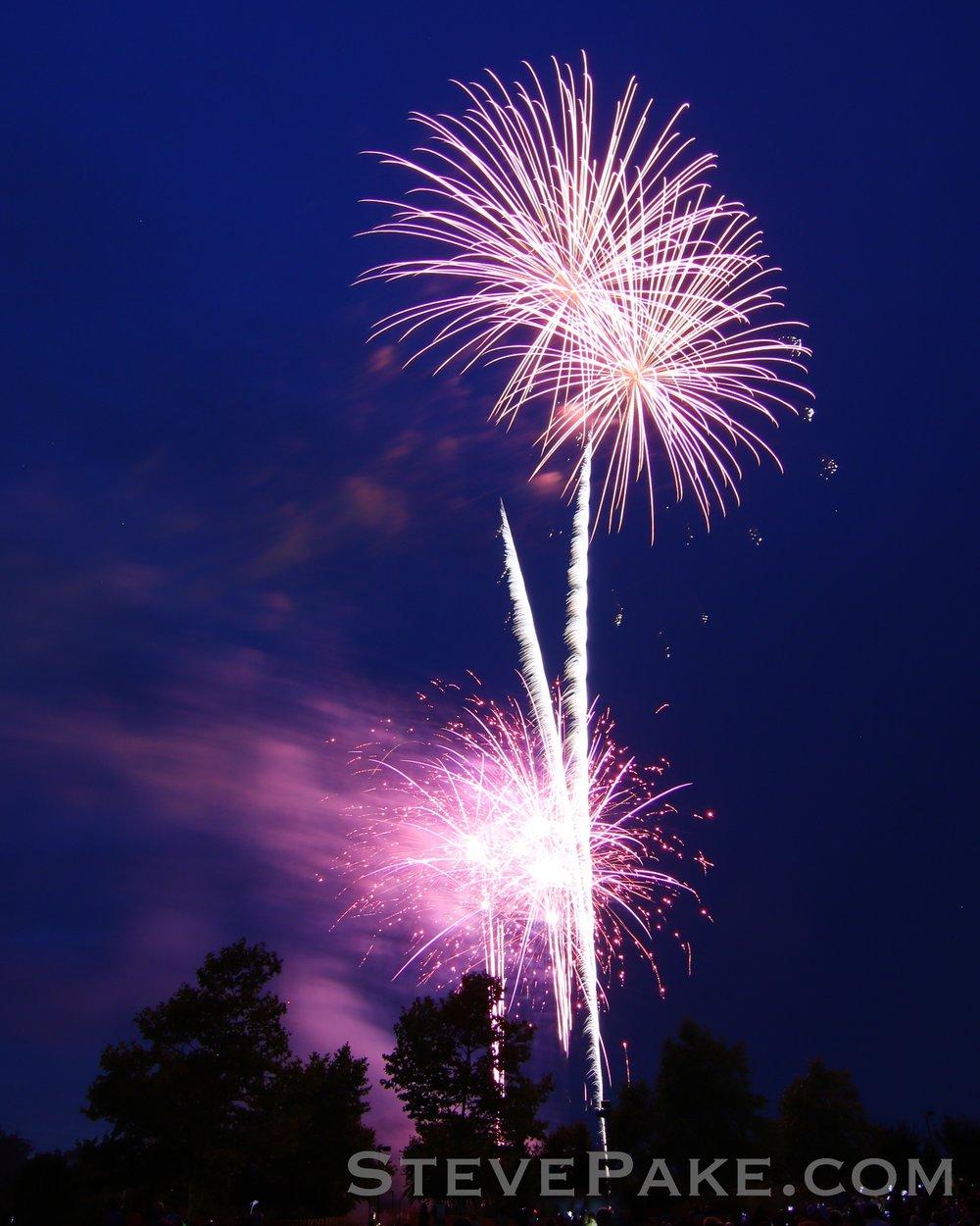 Fireworks2018_09_GE3A8507ap-HD-WM.jpg