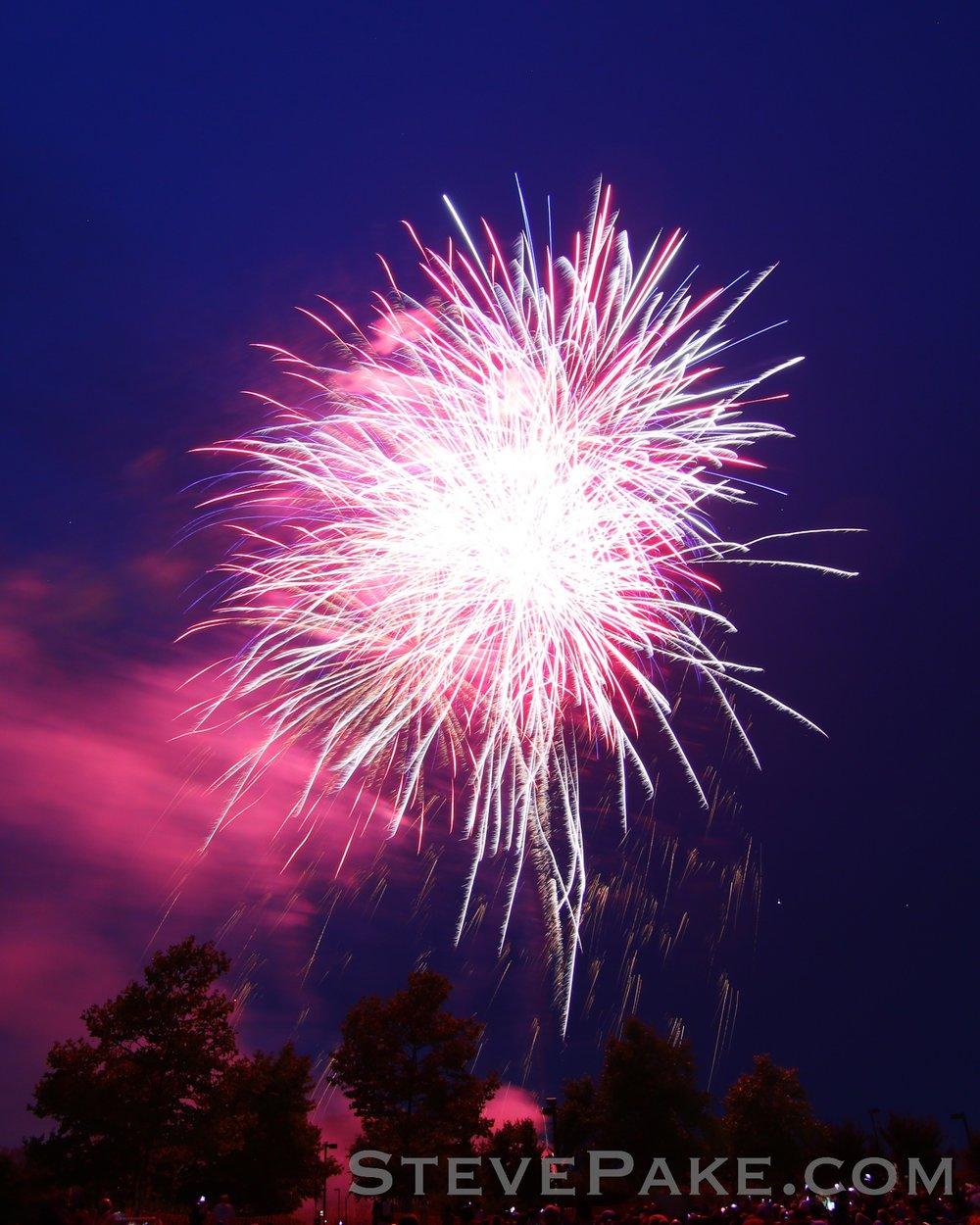Fireworks2018_11_GE3A8509ap-HD-WM.jpg
