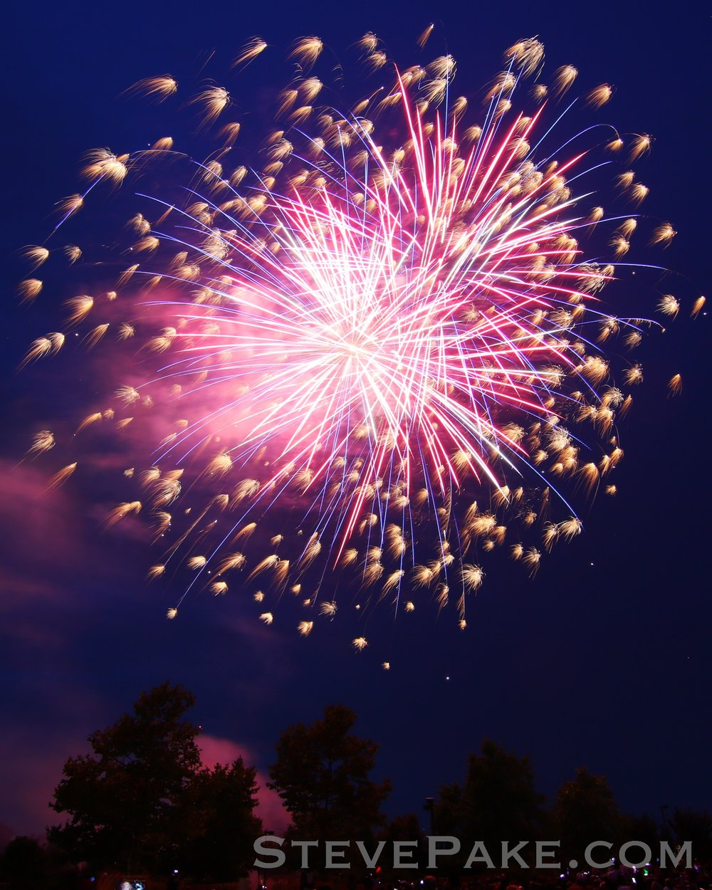 Fireworks2018_12_GE3A8511ap-HD-WM.jpg