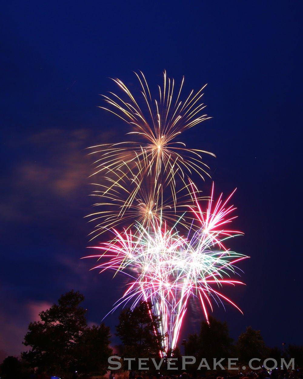 Fireworks2018_13_GE3A8512ap-HD-WM.jpg