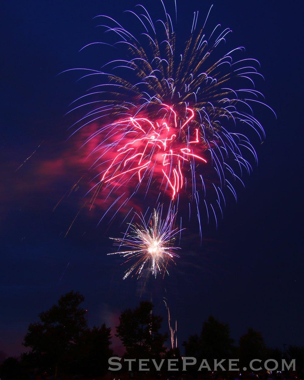 Fireworks2018_15_GE3A8520ap-HD-WM.jpg