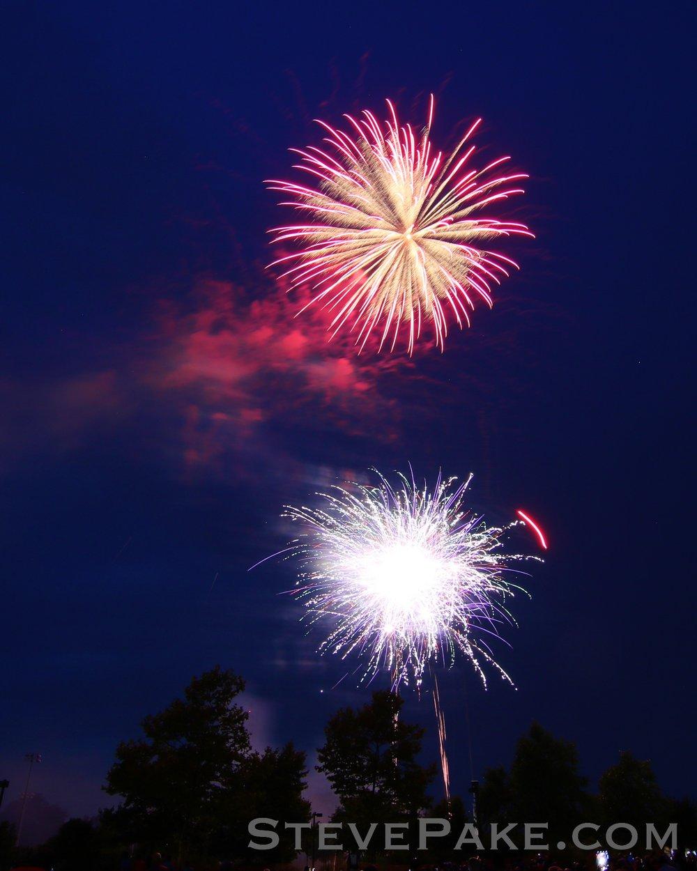 Fireworks2018_16_GE3A8521ap-HD-WM.jpg