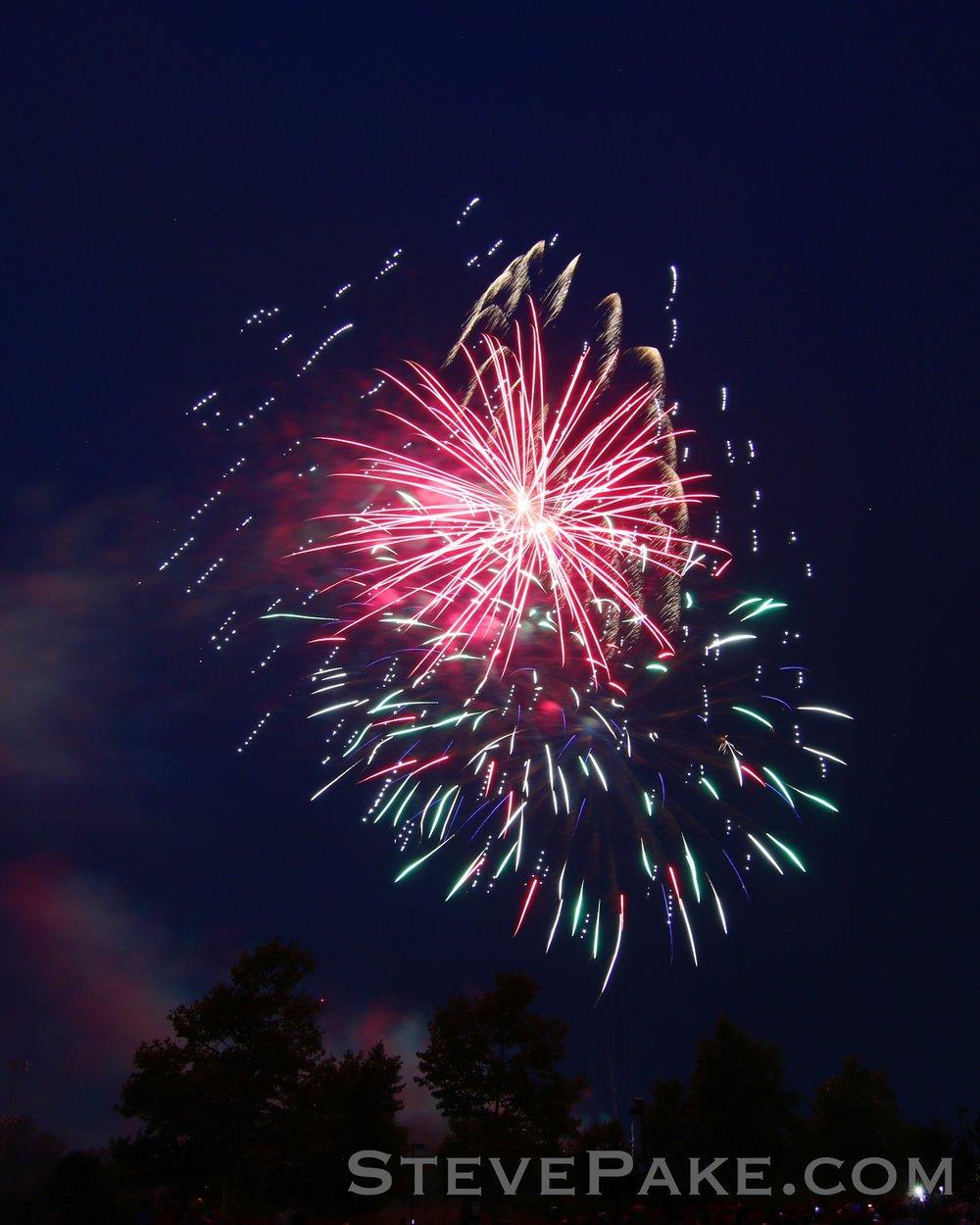 Fireworks2018_30_GE3A8556ap-HD-WM.jpg