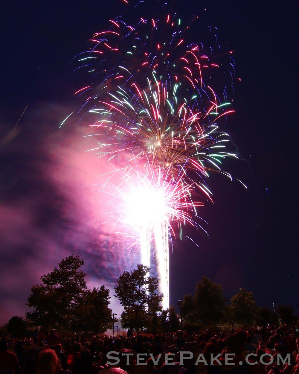 Fireworks2018_35_GE3A8568vap-HD-WM.jpg