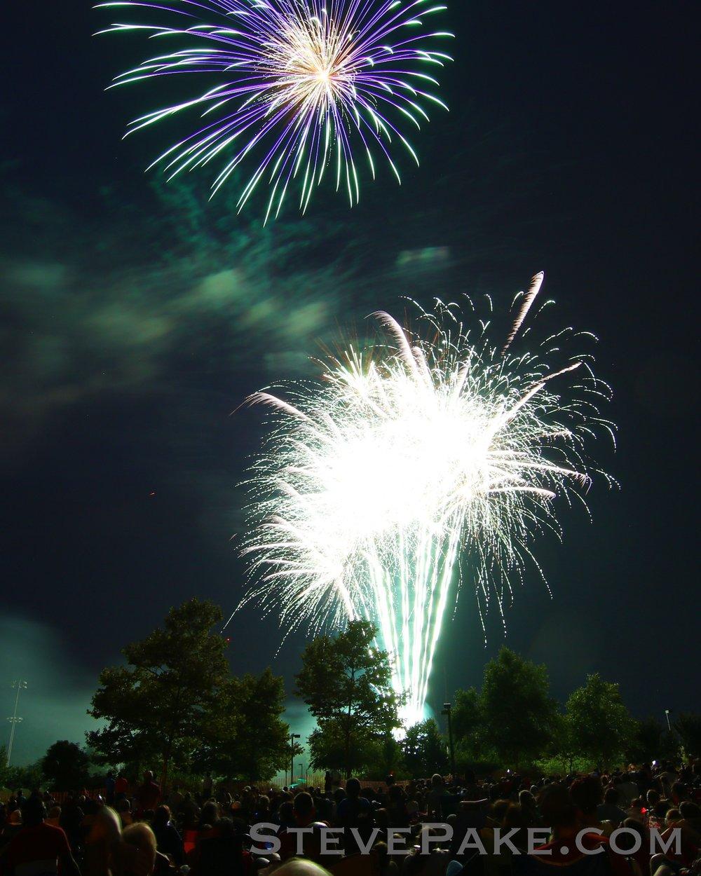 Fireworks2018_37_GE3A8574vap-HD-WM.jpg