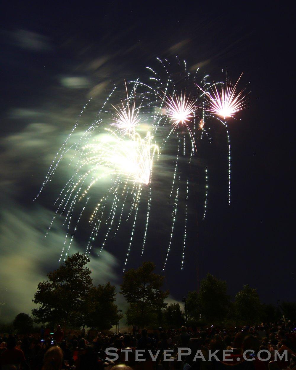 Fireworks2018_42_GE3A8585vap-HD-WM.jpg
