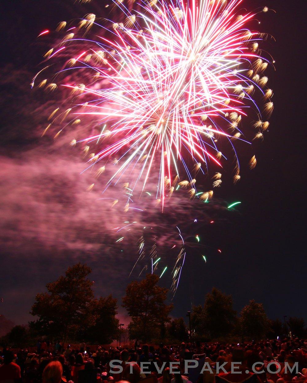 Fireworks2018_60_GE3A8611ap-HD-WM.jpg