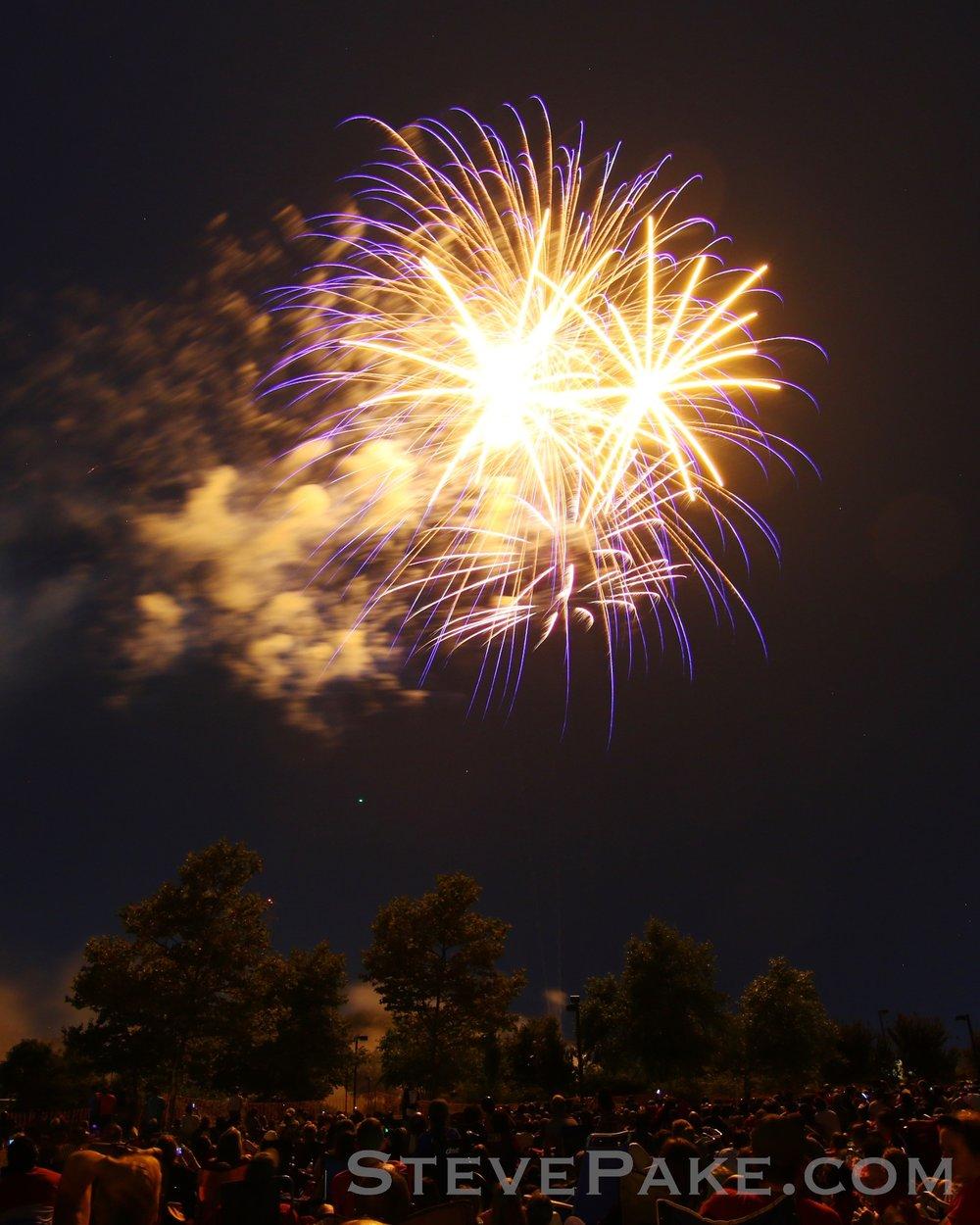Fireworks2018_66_GE3A8627ap-HD-WM.jpg