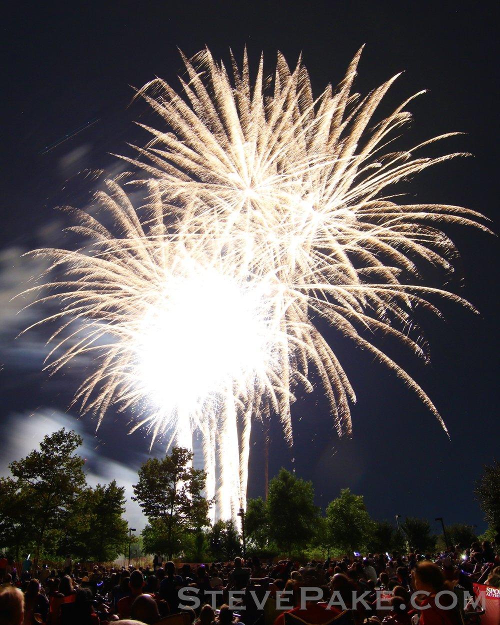 Fireworks2018_72_GE3A8644vap-HD-WM.jpg