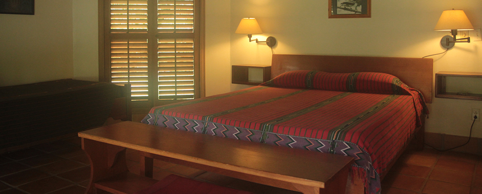 accommodation-interior-belize-the-lodge-at-big-falls.jpg
