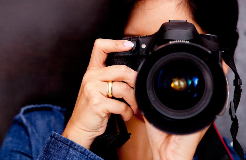 SERVIZIO FOTOGRAFICO   Fotografi professionali per immortalare con discrezione i momenti più belli.