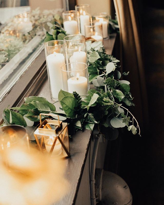 Sharing more from Stacey and Jordan's intimate and oh so beautiful wedding on the blog tomorrow ✨ I was there as a guest and it was amazing!!!! Every detail made perfect by @trenddecoreventdesign with greenery by @theflowerhousewpg and captured by @tanessalenayphotography 💛