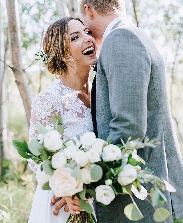 Bliss by @izabelarachwalphotography 😍 #hostloves #regram  Florals @theflowerhousewpg  Suit @ephapparel @ephweddings ....#weddinginspiration#blogger#weddingblog#weddinginspo#weddingdetails#weddingstyle#weddingphoto#weddingideas#engaged#weddingplanning #wedding #isaidyes#thatsdarling#flashesofdelight#shineon#visualcrush#soloverly#thatsdarling#hostwinnipeg#winnipegweddings#winnipegbride