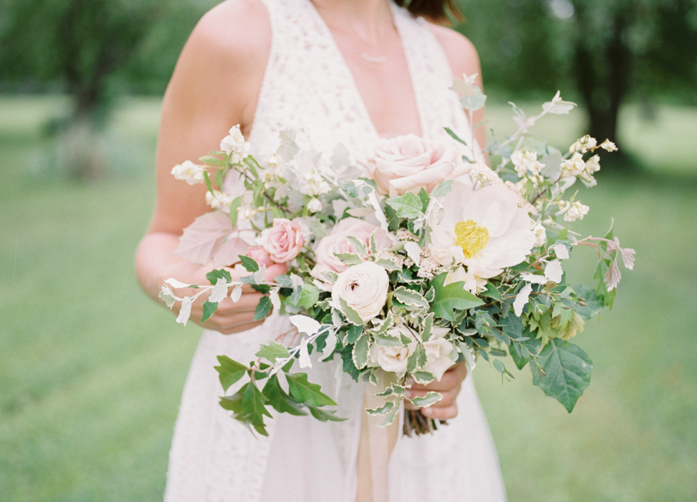 Beautiful Outdoor Wedding from Esther Funk Photography - There's nothing like gorgeous blooms from Academy Floristpaired with a stylish, design savvy couple and a stunning outdoor backdrop. This wedding is full of sweet moments, natural greenery, decadent treats, and tons of beautiful details expertly coordinated by Sharon Webb Eventsand flawlessly captured by Esther Funk Photography.What a treat..