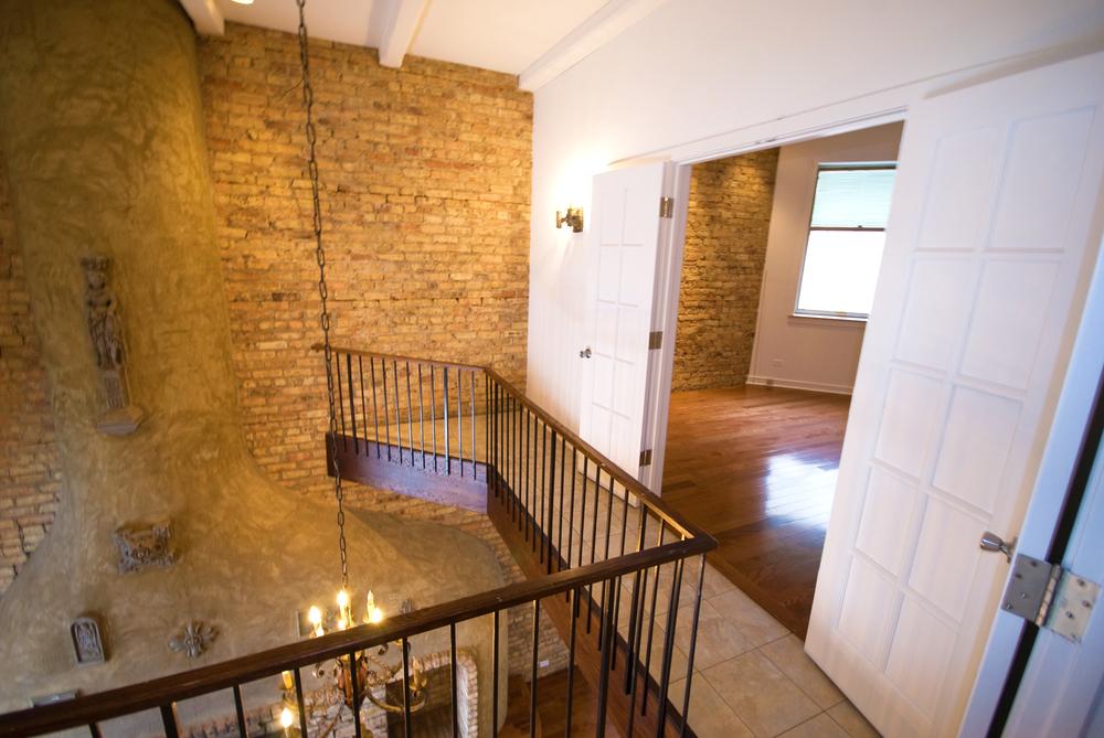 Z - 2727 Clark - Three Bedroom 2nd Floor View 2.jpg