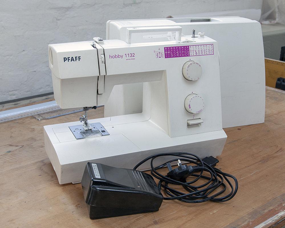 Sewingmachine_MG_4645 sm.jpg