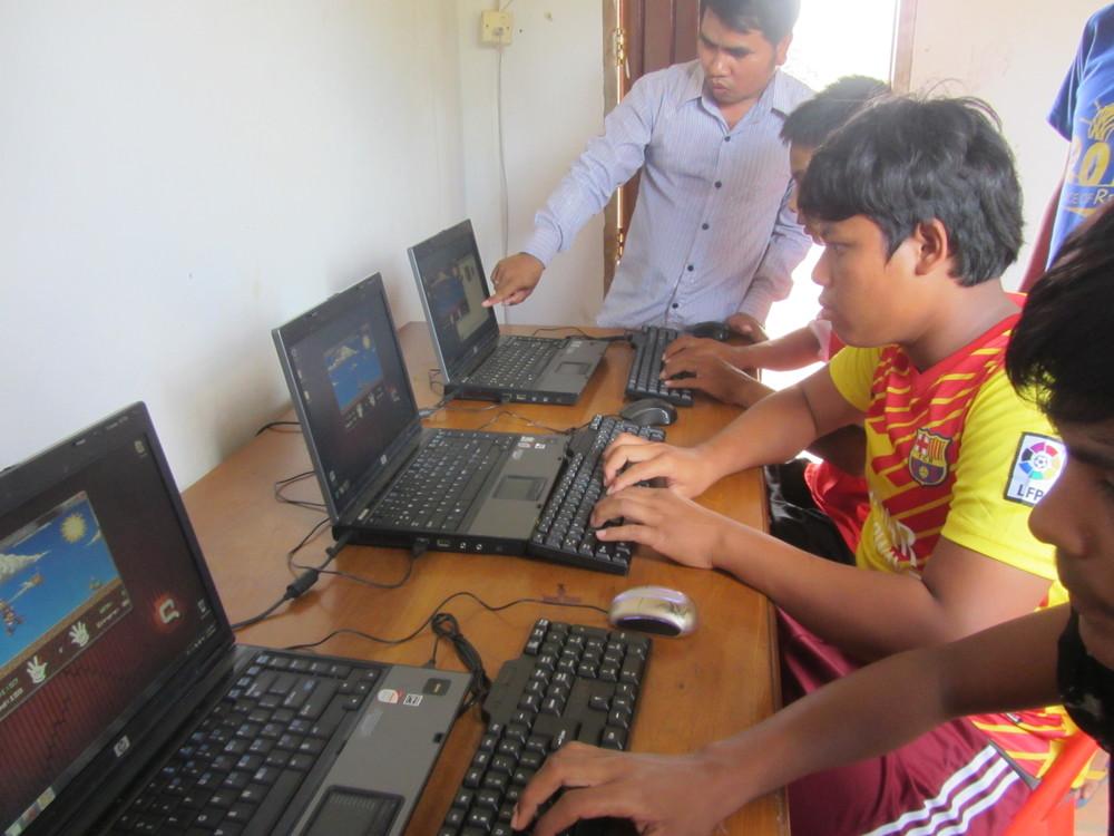 Computer class (1).JPG
