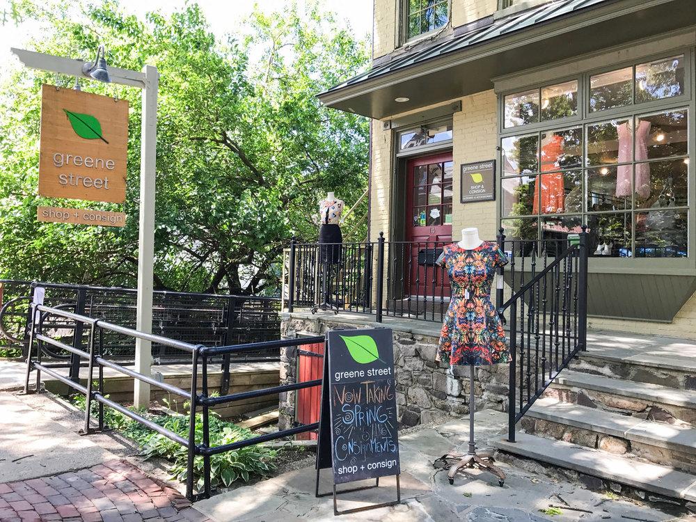lambertville+store+front.jpg