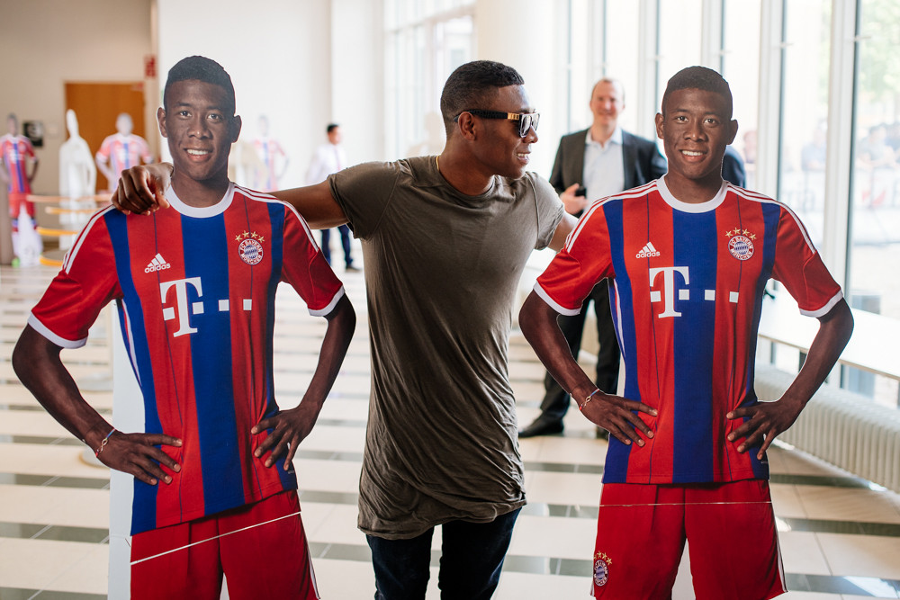 Copy of Autograph Signing of David Alaba
