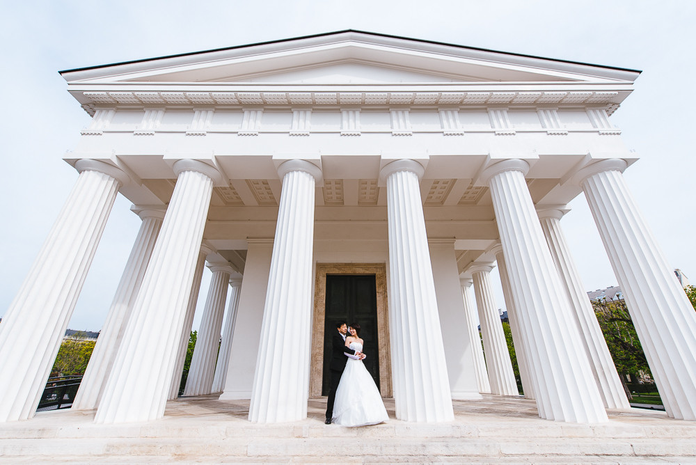 pre-wedding-photographer-Vienna-30.jpg