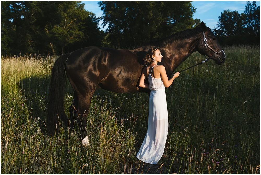 Paarfotos-mit-Pferd_0020.jpg