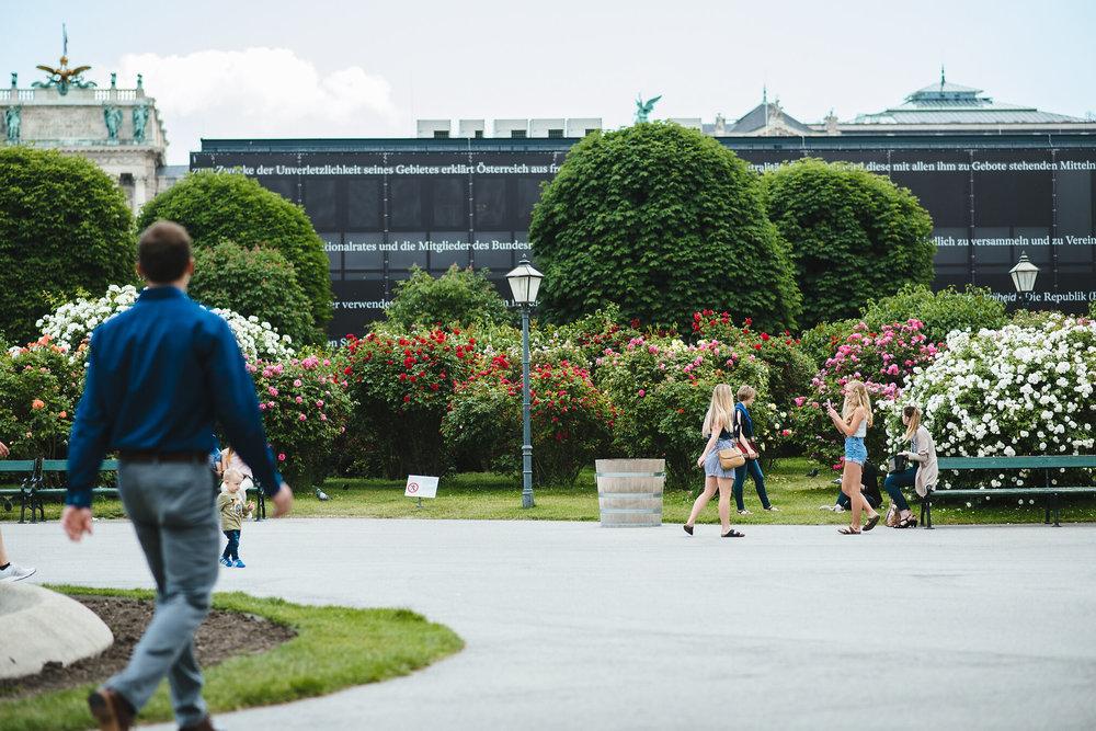 Vienna-Engagement-Photographer-5.jpg
