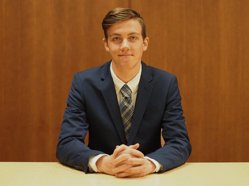 Riley Ferrero | Sophomore | VP of Marketing