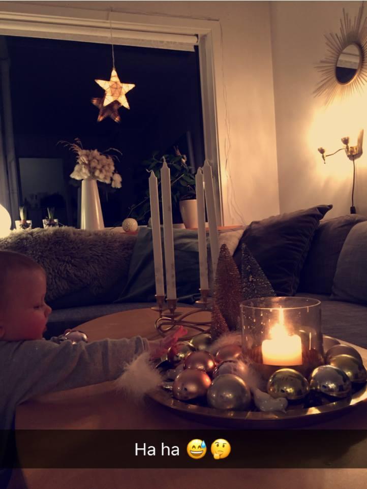 Amalie tar julepynt