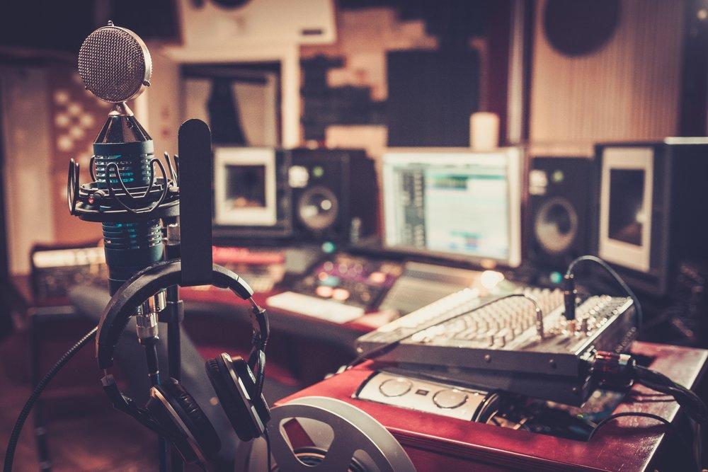Kreativ - Å lære seg å bruke de tekniske virkemidler vi har til disposisjon, gir kreativ frihet og musikken liv.