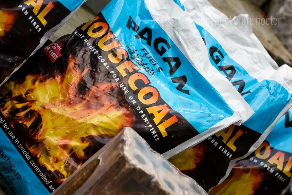 - Premium House Coal (Scotland) small pieces of coal for an economical fire, providing a long flame and a consistently high heat source with little ash.(where use is permitted).Hotties Eco-logs