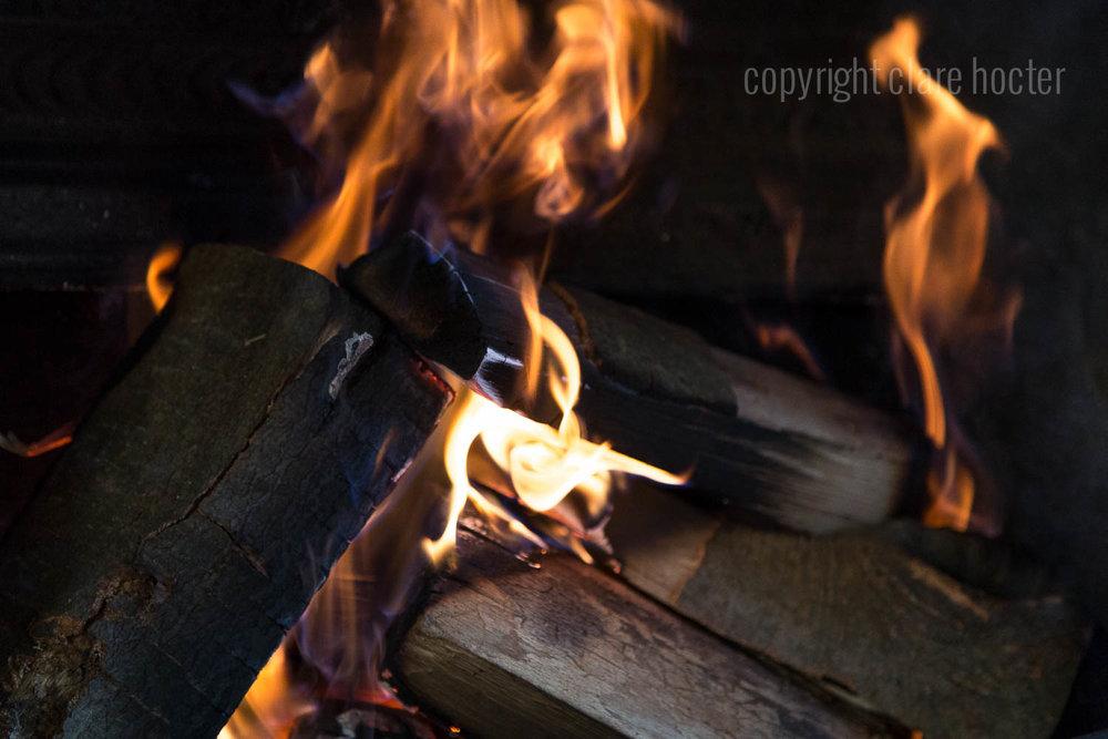 firewood kent, firewood surrey, silvanalogs2door