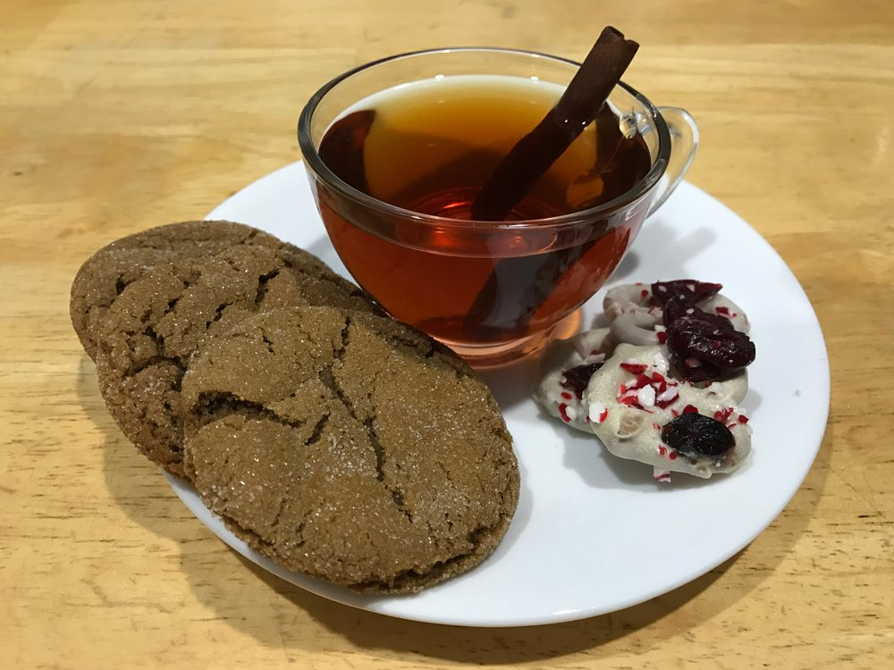 Wassail, Spicy Gingerbread Cookies and Peppermint Cranberry Pretzels