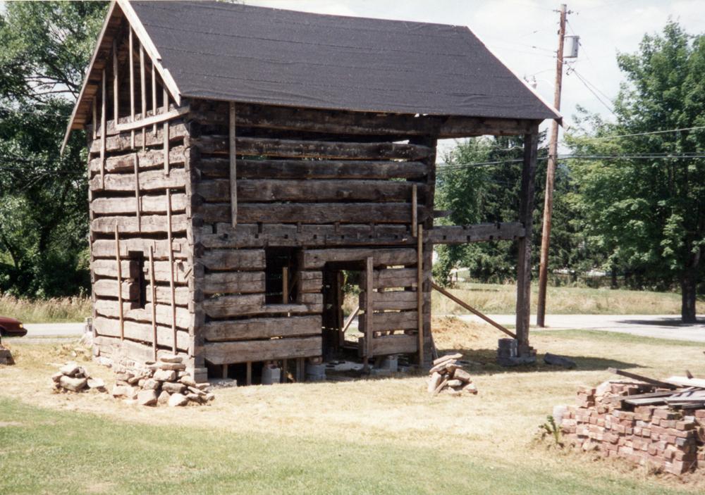 cabin1996.jpg