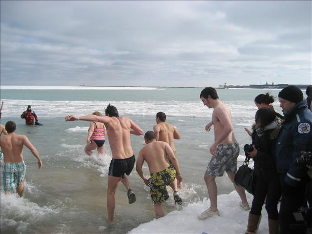Record Turnout At 2008 Polar Plunge And >> 2010 Chicago Polar Bear Club