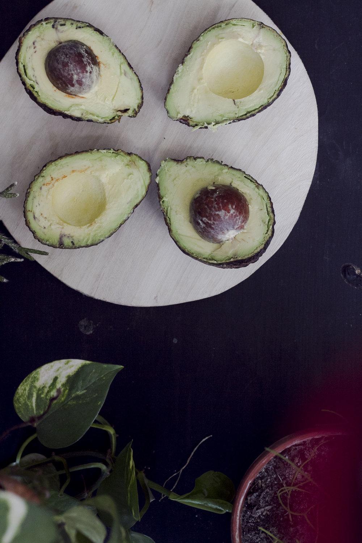 avocado1_2.jpg