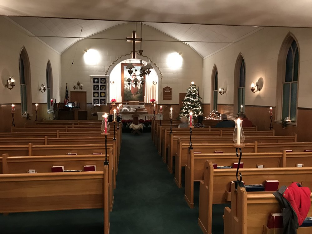 Getting Ready for the Candlelight Service at First -Christmas 2017