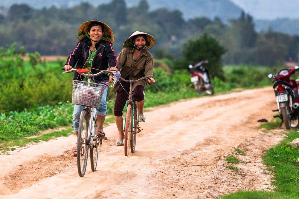 cycling-vietnam-1-1200x800_c.jpg
