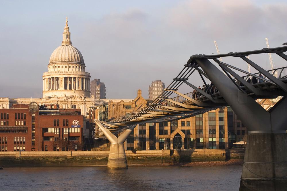Millennium Bridge.jpg