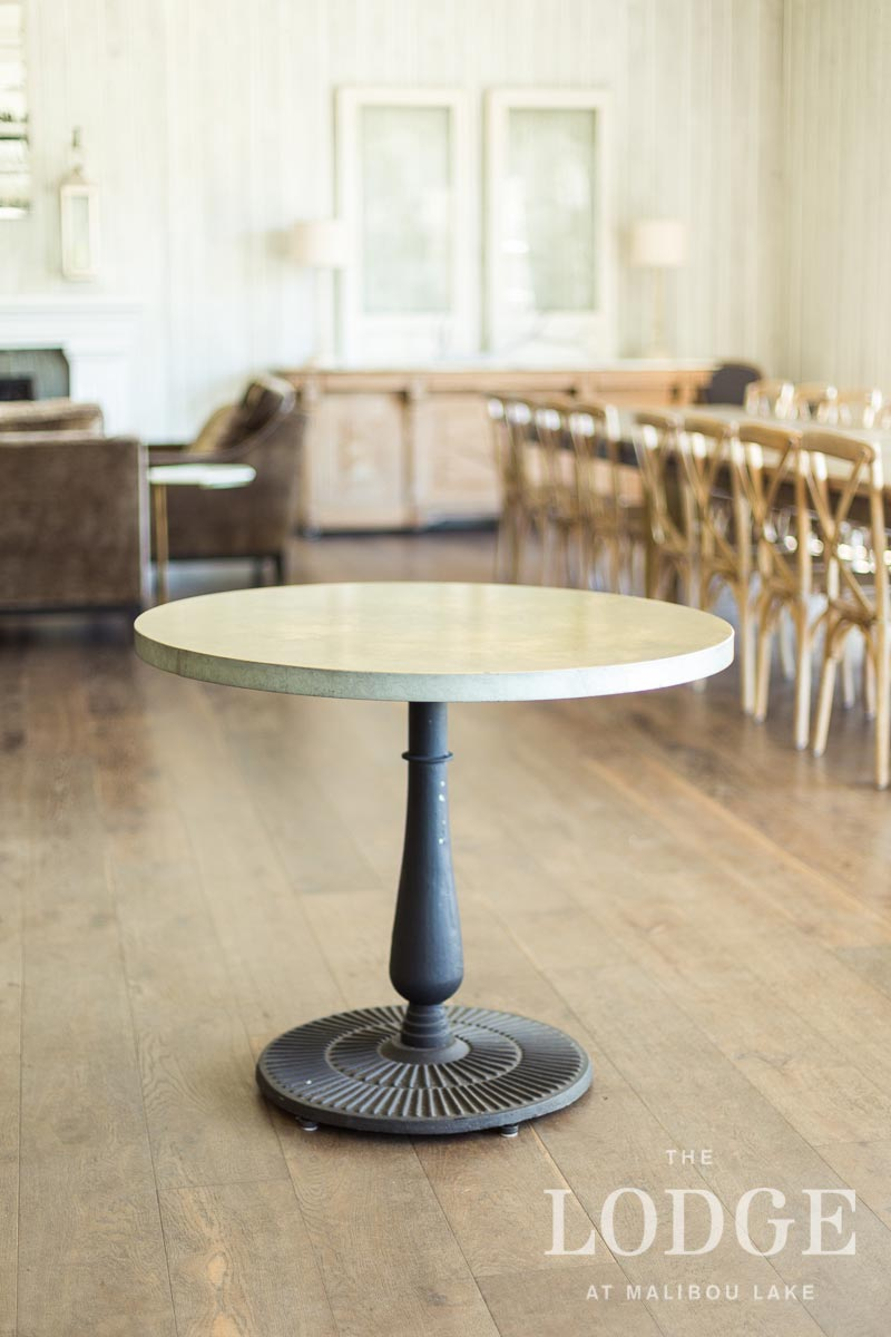 "36"" Round Sweetheart Dining Table"