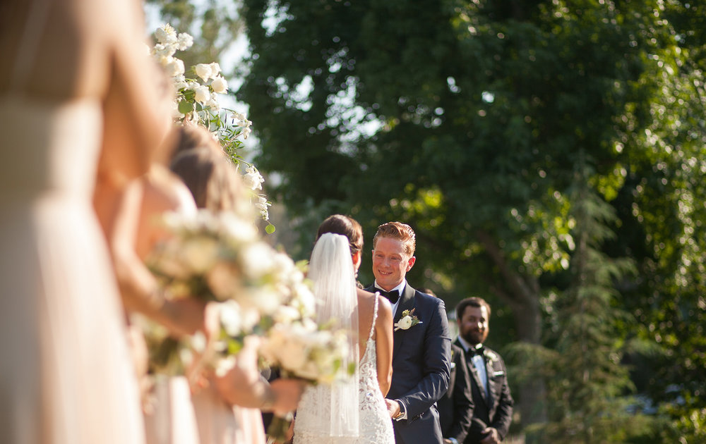 groom at altar.jpg