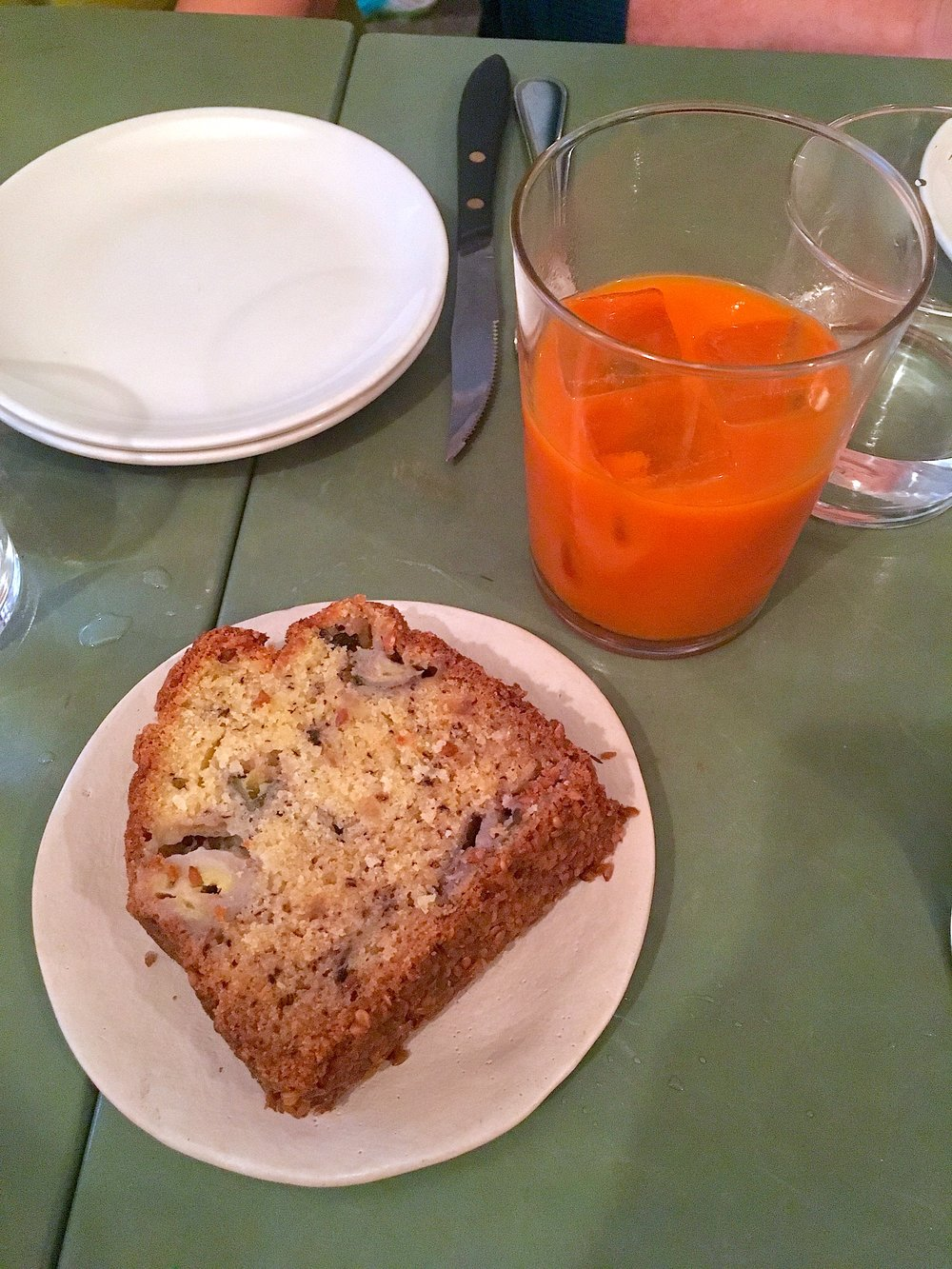 banana bread // flaxseed, coconut, ginger (gf)  soft drink // carrot, cinnamon, ginger