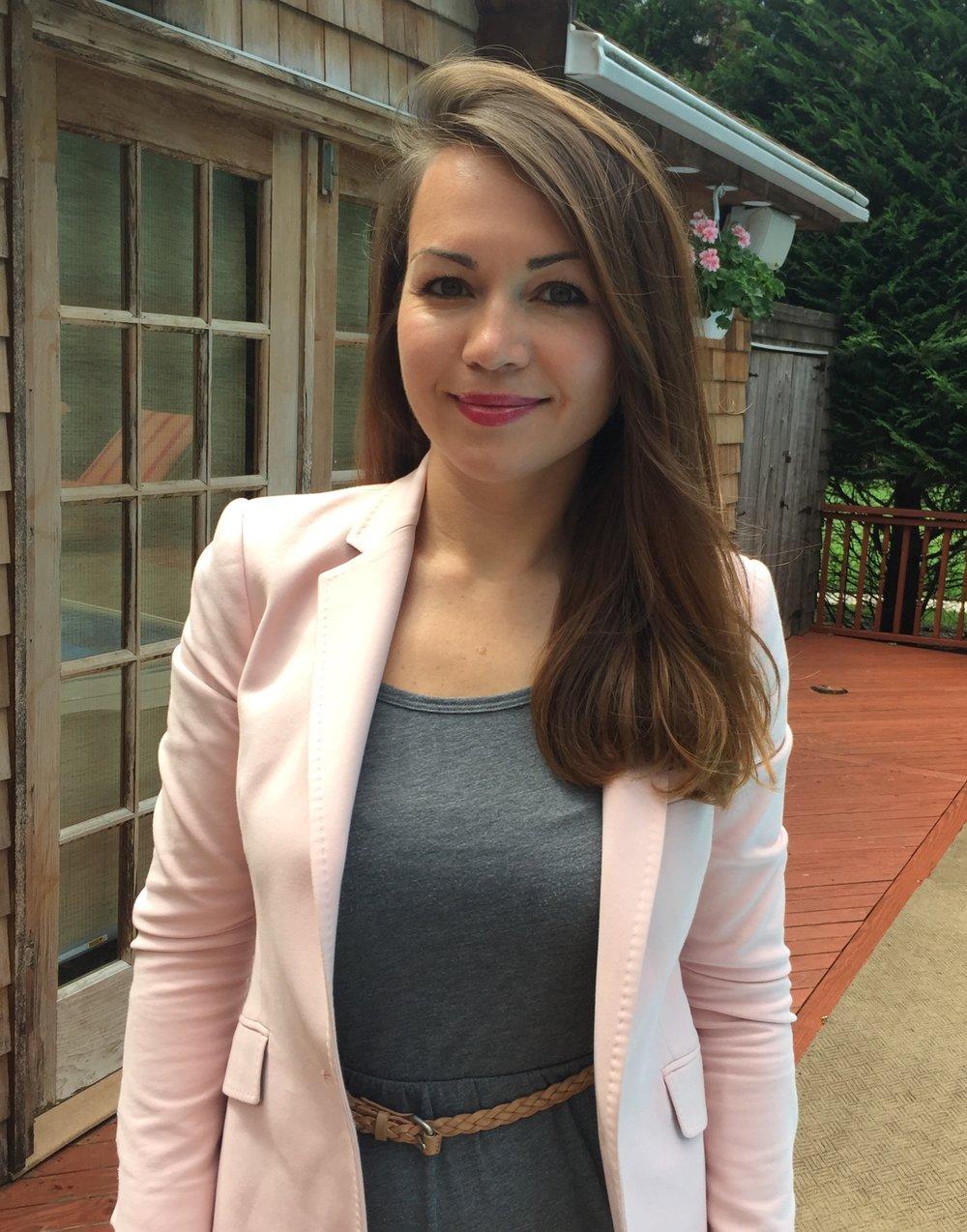 Elena Mosaner, CHT, MS