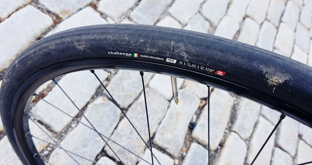 Challenge's Paris-Roubaix mounted to Pacenti CL25 rim