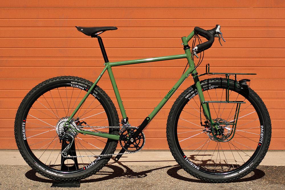 Gallus Adventure Bike - Pacenti 650b DL31 / White Industries CLD / Son 28 SL Hub  Photo: Chris Barker