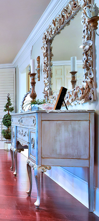 KHB Interios Luxury Interors Details Antique Buffet Old Metairie River Ridge Paint Colors .png