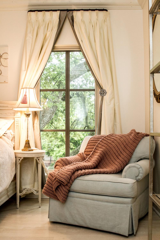 bedroom seating area metairie luxury interior design khb interiors