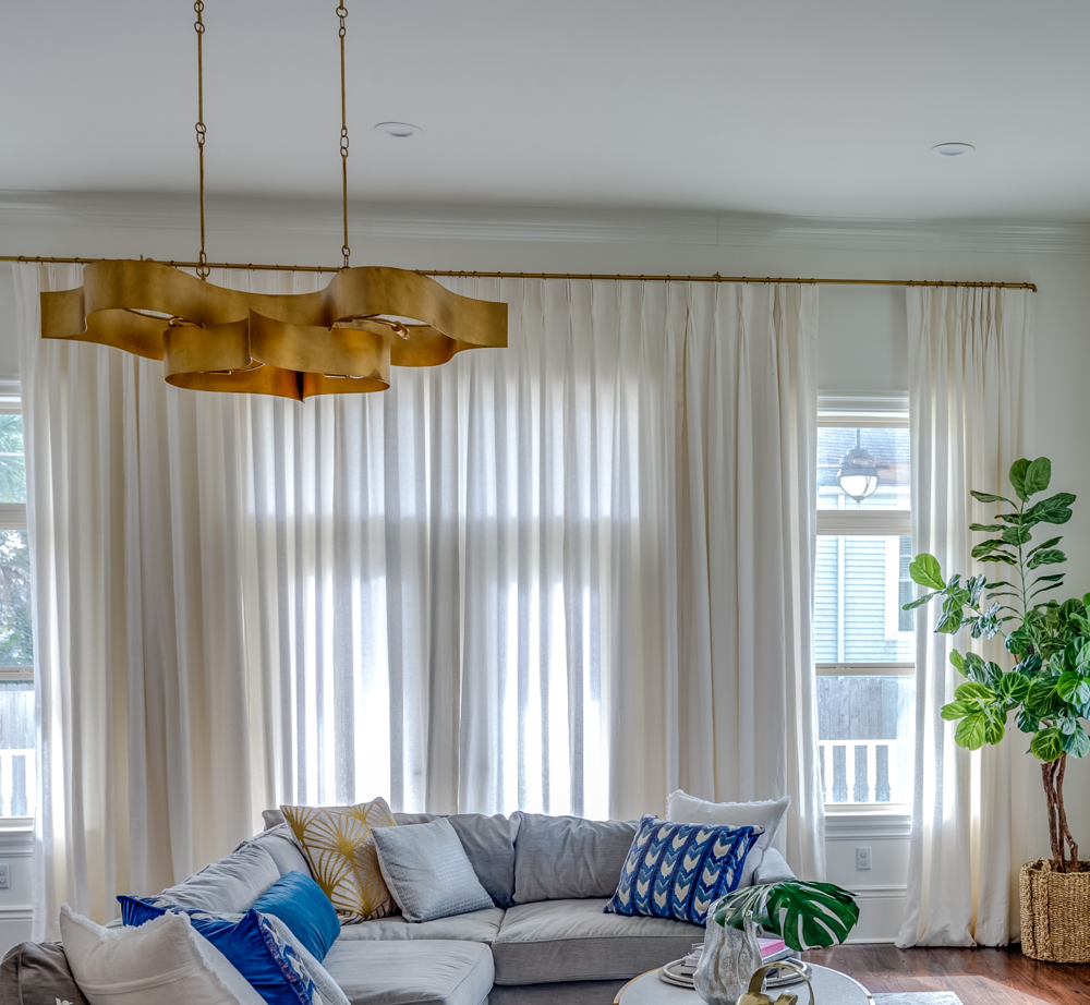 modern living room chandelier metairie luxury interior design khb interiors