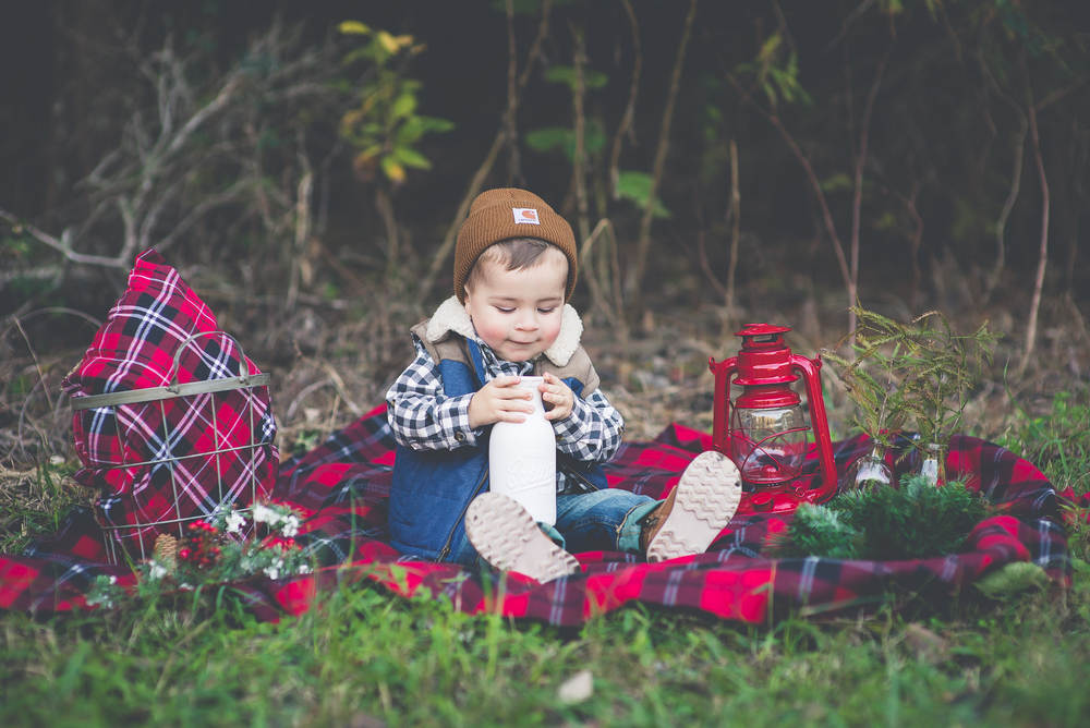 Lumberjack Christmas 2014 | Laraina Hase Photography | Little Boy Christmas