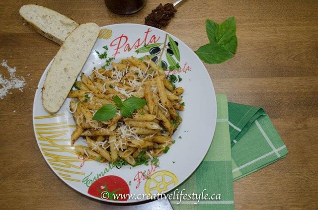 Need a quick and easy meal idea? Try our Sun Dried Tomato Pesto Penne; it's quick, easy and most of all delicious! Recipe at crtvlsy.ca/2HNOFi9 #recipe #foodie #foodlovers #foodblogger #dinner #dinnerideas #yummyfood #yummy #pasta #pastadish #creativelifestyle